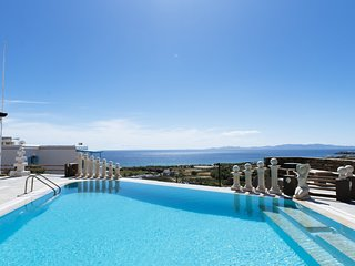 Beautiful 2-Bedroom Apartment in Tinos (2)