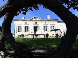 Charming Wine Property near Saint-Emilion