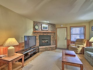 NEW! Angel Fire Condo w/ Gas Fireplace & Views!