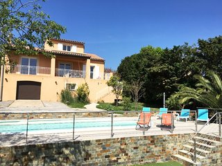 211044 in 2017 fully renovated aircon villa for 7 people, pr.pool, beach 600 mtr