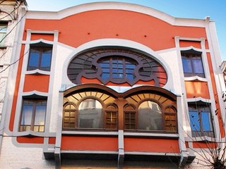 Splendid 1BR Art-Nouveau apartment***