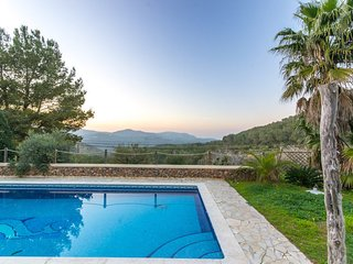 Ibizian-style villa in San Miquel with sea views, pool and BBQ