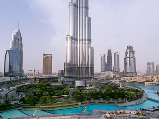 Exemplary Panoramic views of Burj Khalifa!