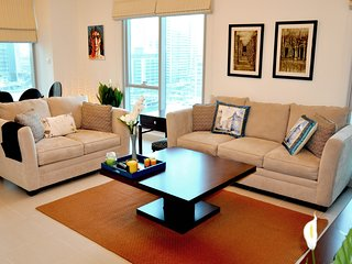 Panoramic Marina View, 2BR at Marina Promenade!