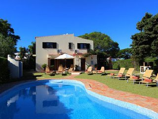 4 bedroom Villa in Vale do Lobo, Faro, Portugal : ref 5479909