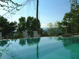 Rinecchi Villa Sleeps 4 with Pool and WiFi - 5228501