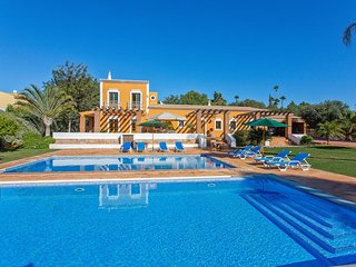 5 Bedroom Villa with Private Pool, Golden Triangle