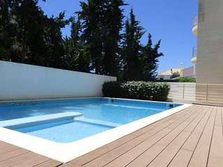 Olhos de Água- 1Bedroom Luxury apartment | Condominium with Pool | Free Wifi