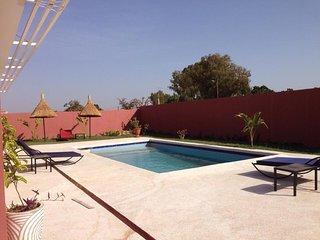 KEUR SOLEIL, Villa recente, environnement calme,