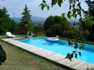 Borgo a Giovi Villa Sleeps 7 with Pool - 5490392