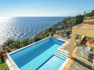 3 bedroom Villa in Annináta, Ionian Islands, Greece : ref 5334455
