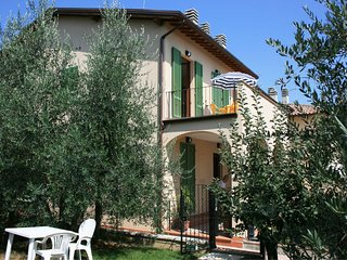 2 bedroom Apartment in Cesa, Tuscany, Italy : ref 5490502