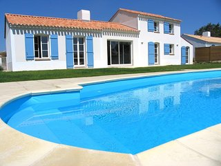 4 bedroom Villa in Coex, Pays de la Loire, France : ref 5456753
