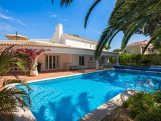 4 bedroom Villa in Quinta do Lago, Faro, Portugal : ref 5480185