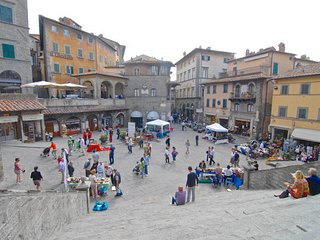1 bedroom Apartment in Cortona, Tuscany, Italy : ref 5477132