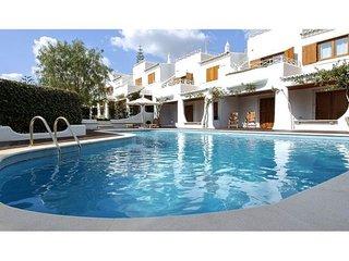 2 bedroom Villa in Olhos de Água, Faro, Portugal : ref 5238981