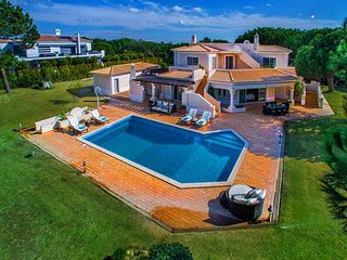 4 bedroom Villa in Quinta do Lago, Faro, Portugal : ref 5479975