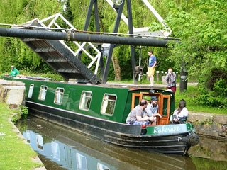 Narrowboat - Sleeps 10 - Raki Raki