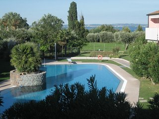 1 bedroom Apartment in Lazise, Veneto, Italy : ref 5506621