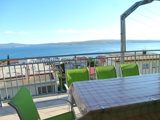 2 bedroom Apartment in Crikvenica, Primorsko-Goranska Županija, Croatia : ref 55