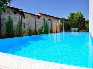 2 bedroom Apartment in Bonedimane, Veneto, Italy : ref 5506495