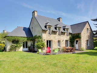 6 bedroom Villa in Saint-Briac-sur-Mer, Brittany, France : ref 5627196