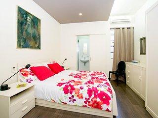 Habitación con baño priv. Piso de lujo. St Julians