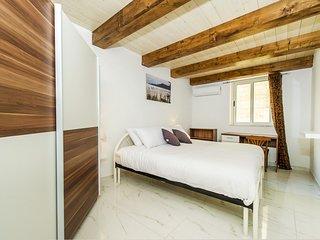 Sliema - Habitación privada amplia y luminosa