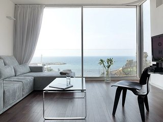 Beachfront luxury apartment - Hayarkon st.