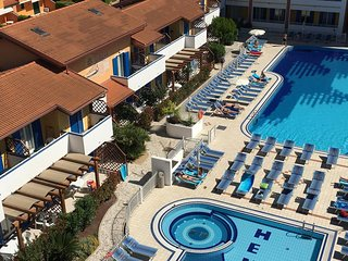 Nice one bedroom apartment on resort - 2 swiming pools just 4 min from beach