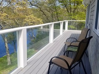 Recently Remodeled Waterfront 3 Bedroom
