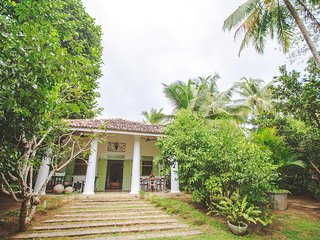 Grand Suite in Villas Gabrielle, a luxury colonial style villa in Ahangama