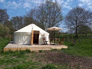 Luxury Yurt Retreat in Sussex Countryside