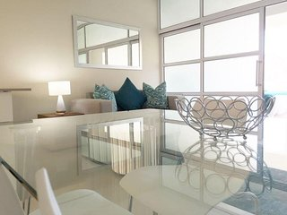Apartment 1 km from the center of Cape Town with Air conditioning, Parking, Wash