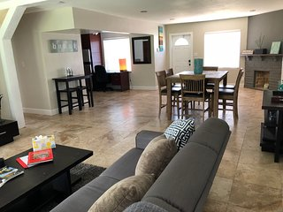 3BR Tropical Getaway with Pool in Fort Lauderdale