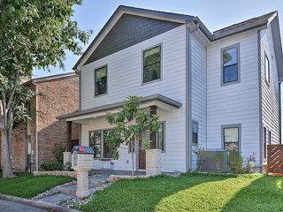 NEW! Updated House 25 Mins to Downtown Houston!