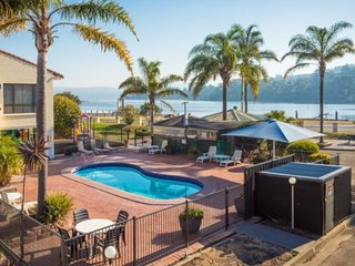 Aquarius Resort Unit 5, Merimbula