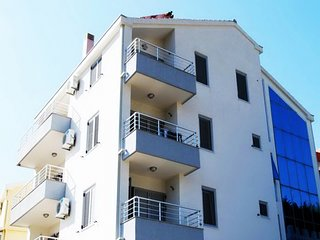 Apartments Ivanovic - Studio with Balcony and sea view