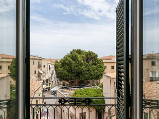 Elegant apartment at Palazzo dei Normanni by Wonderful Italy