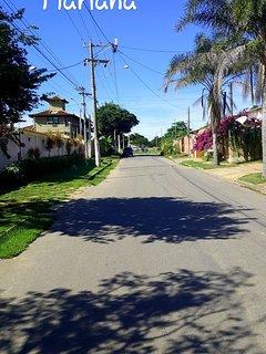 Rua do canal, a entrega da rua que na casa, fica ao lado da casa amarela .