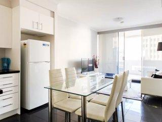 CBD Luxury 1 Bedroom 65sqm Balcony Apartment