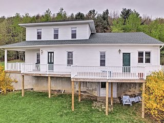 NEW! Lawrenceville Apt w/Deck Near Cowanesque Lake