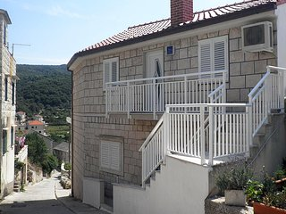 One bedroom apartment Povlja, Brac (A-5644-a)