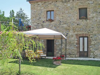 3 bedroom Apartment in Sasso Pisano, Tuscany, Italy : ref 5446396