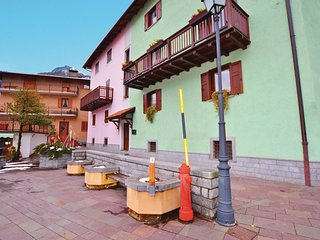 2 bedroom Apartment in Carisolo, Trentino-Alto Adige, Italy : ref 5566601