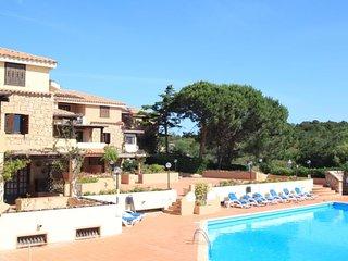 2 bedroom Apartment in Liscia di Vacca, Sardinia, Italy : ref 5056489