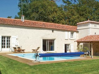 2 bedroom Villa in Bourneau, Pays de la Loire, France : ref 5550544