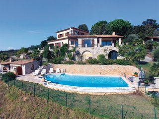 4 bedroom Villa in Mandelieu-la-Napoule, Provence-Alpes-Cote d'Azur, France : re
