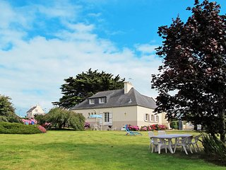 3 bedroom Villa in Roscoff, Brittany, France : ref 5438379