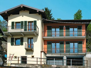 2 bedroom Villa in Gravedona, Lombardy, Italy : ref 5436796